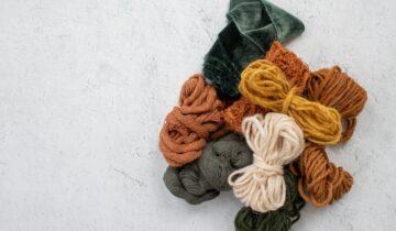 Häkeln & Stricken: Warum Handarbeit voll im Trend ist